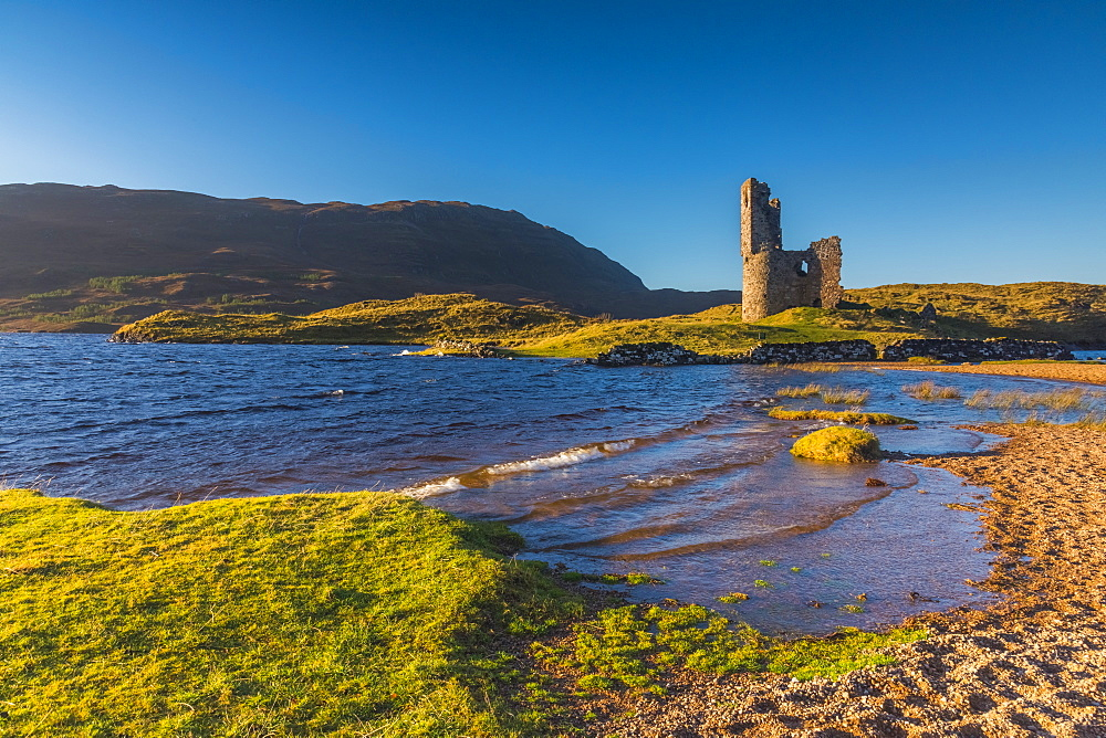 UK, Scotland, Highland, Sutherland, Lochinver, Loch Assynt, Ardvreck Castle - 828-1062