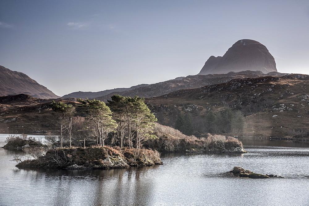 Loch Druim Suardalain, Mount Suilven, Lochinver, Sutherland, Highlands, Scotland, United Kingdom, Europe - 828-1071