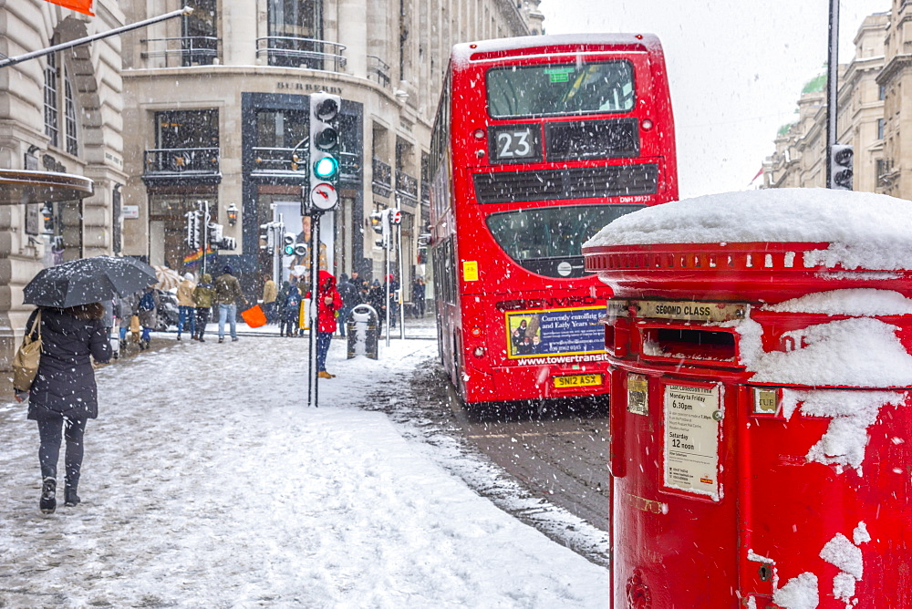 Regent Street in winter, The West End, London, England, United Kingdom, Europe