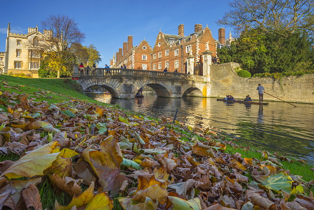 River Cam, St. John's College, Cambridge, Cambridgeshire, England, United Kingdom, Europe - 828-1170