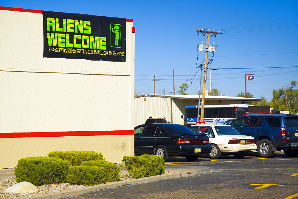 Arbys Restaurant, Aliens Welcome sign, Roswell, New Mexico, United States of America, North America