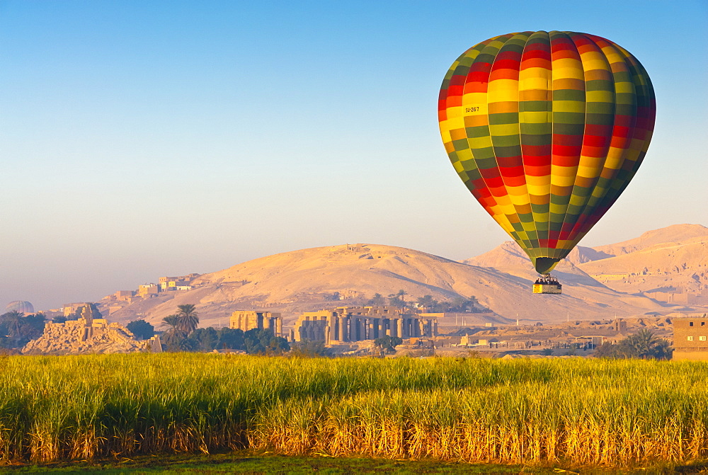 Ballooning near the Valley of the Kings, Thebes, Egypt, North Africa, Africa