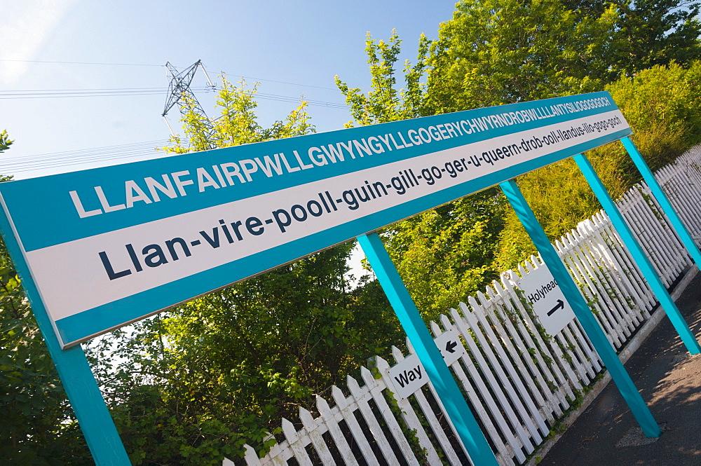 Llanfair PG (Llanfairpwllgwyngyllgogerychwyrndrobwllllantysiliogogogoch) Station, Anglesey, Gwynedd, Wales, United Kingdom, Europe