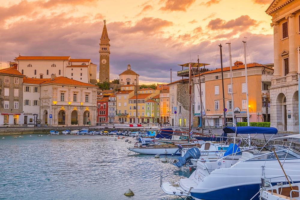 Old Town Harbour, Church of St. George (Cerkev sv. Jurija) in background, Piran, Primorska, Slovenian Istria, Slovenia, Europe