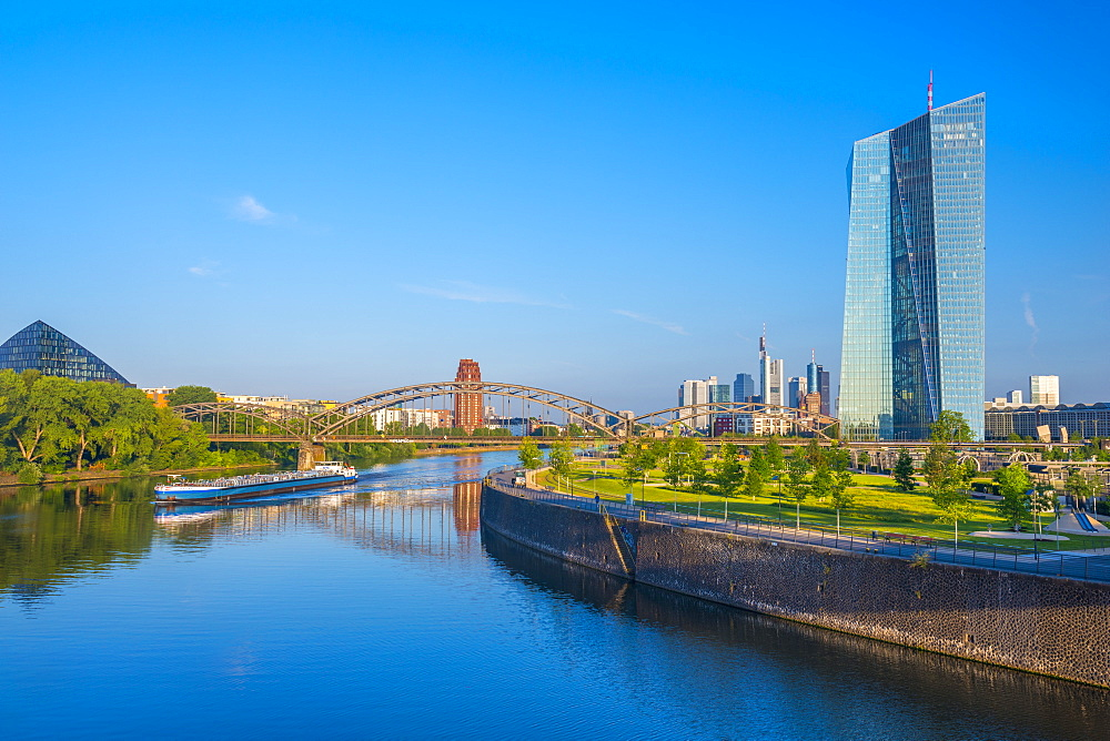 New European Central Bank Building and central Frankfurt skyline, Ostend, River Main, Frankfurt am Main, Hesse, Germany, Europe