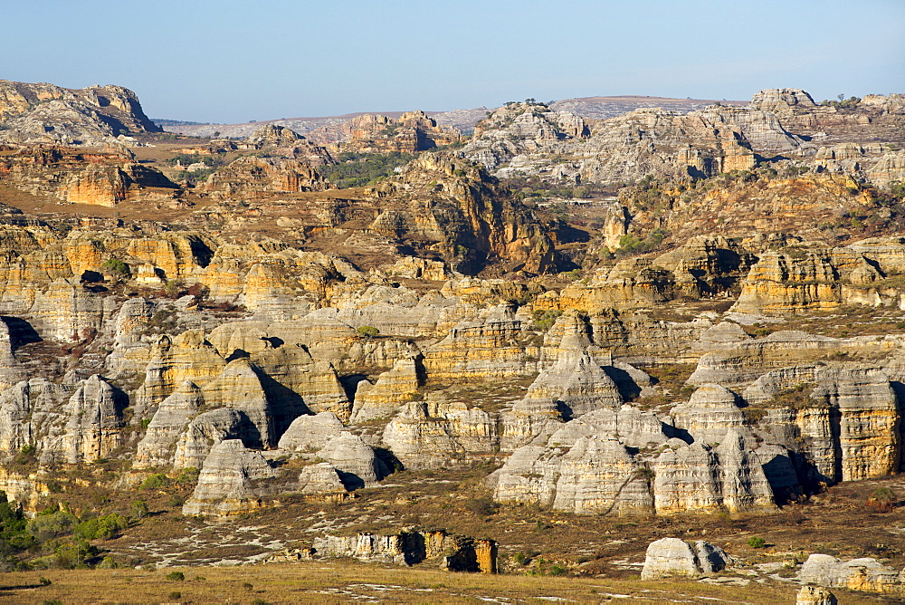 View across the rocky landscape of Isalo National Park, an area of the park on the circuit Piscine Naturelle, southern Madagascar, Madagascar, Africa