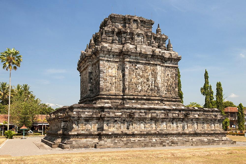 Candi Mendut, a 9th-century Buddhist Temple in Magelang, near Yogyakarta in central Java, Indonesia.