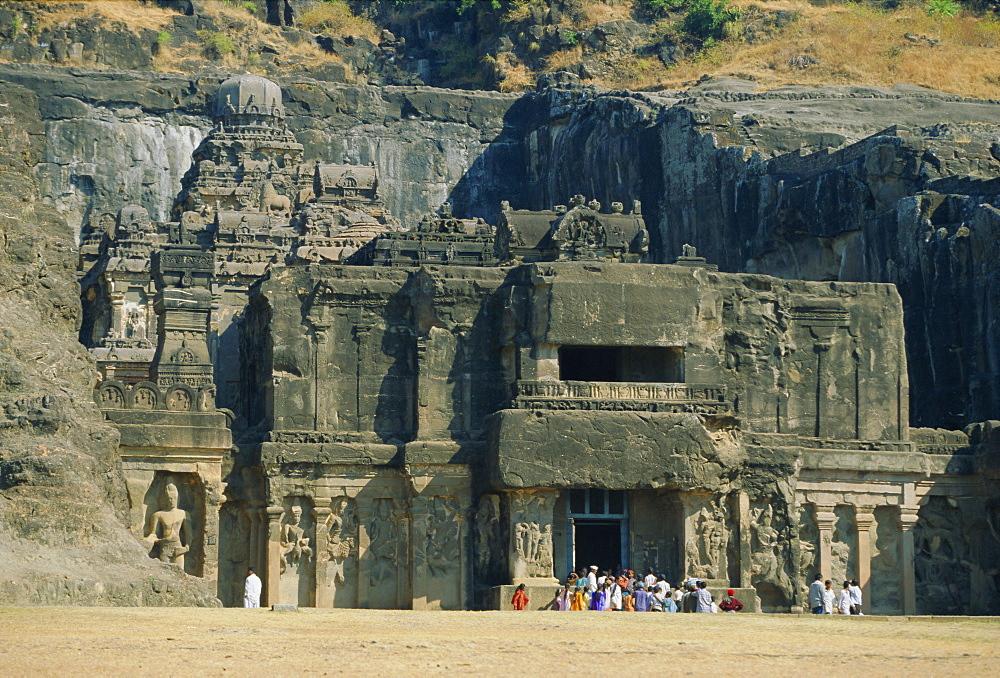 "The huge Kailasa (Kailash) Temple, Ellora, Maharashtra State, India *** Local Caption *** ""Cut from the rock in the Hindu section of the world-heritage cave temples at Ellora, a project which took 150 years and entailed the removal of 200,000 tons of rock"""