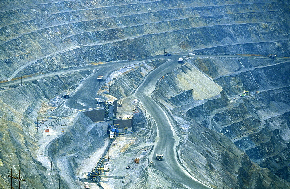 Bingham Canyon Copper Mine, Salt Lake City, Utah, UsaBingham Canyon Copper Mine, the 'Richest Hole on Earth' and the largest excavation in the world at 2.5 miles wide & .75 mile deep. The ore goes to the smelter on Great Salt Lake