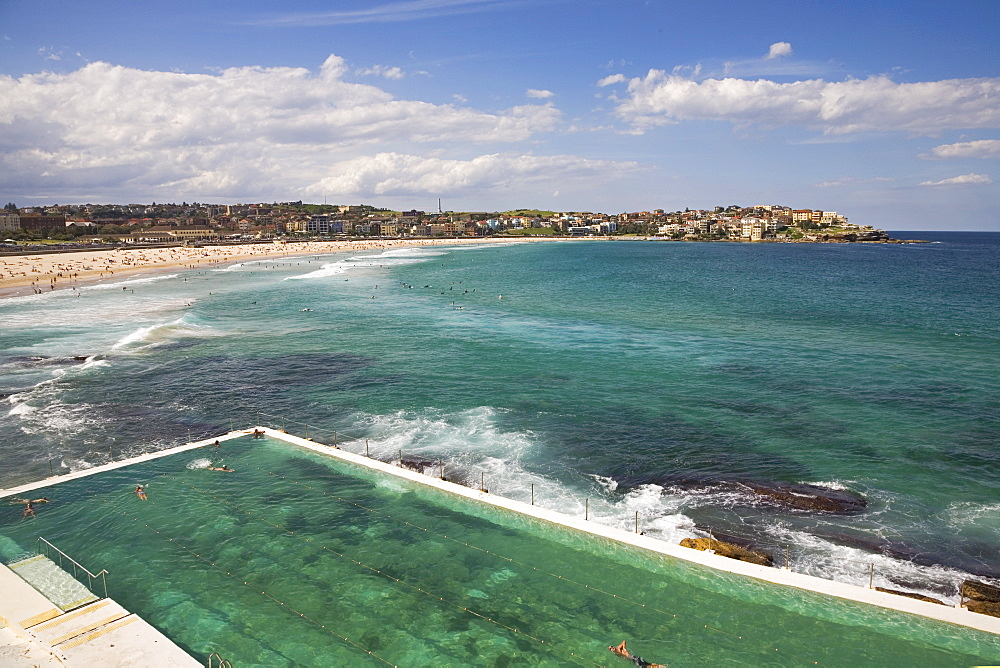 View over the pool at the Bondi Icebergs and Bondi Beach in the Eastern Suburbs towards North Bondi, Bondi, Sydney, New South Wales, Australia, Pacific