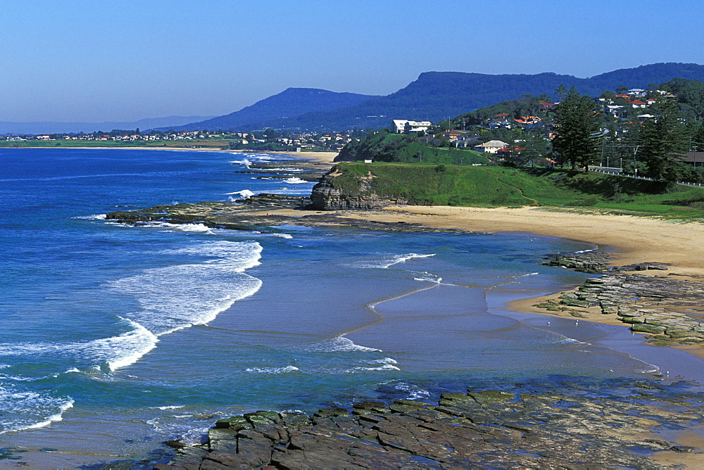 Looking south west from Austinmer Beach Park towards Thirroul and the Illawara Escarpment at Bulli, Austinmer, New South Wales, Australia, Pacific