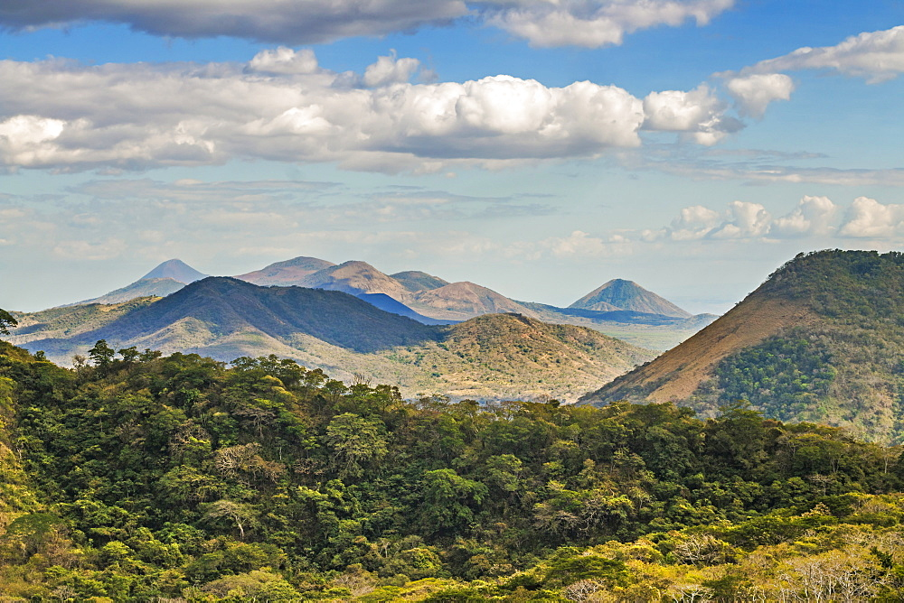 The North West volcanic chain, distant on left Momotombo, centre Rota and Las Pilas complex, on right Momotombito and Santa Clara, Leon, Nicaragua, Central America