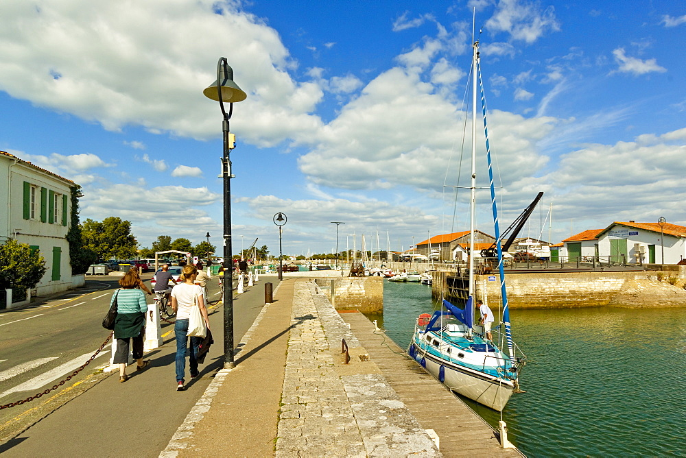 Marina at Quai de La Criee in the island's principal western town, Ars en Re, Ile de Re, Charente-Maritime, France, Europe