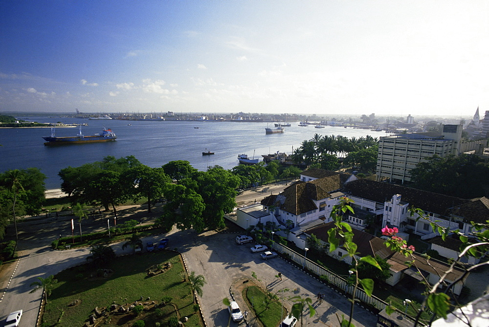 View of the harbour from the Kilimanjaro Hotel on Kivukoni front, Dar es Salaam, Tanzania, East Africa, Africa