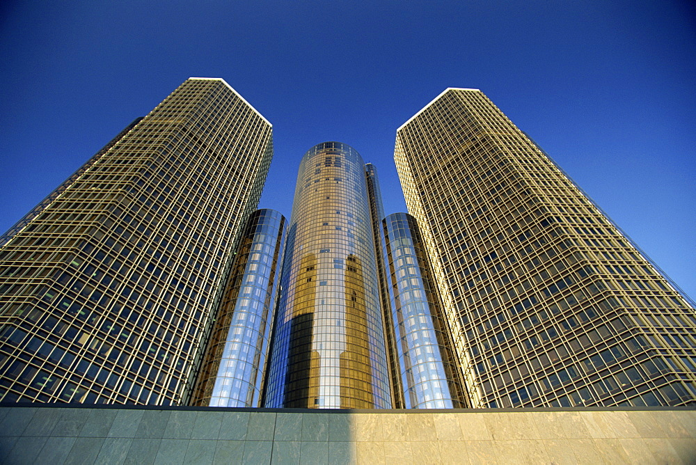 The Westin Hotel, with 73 storeys, America's tallest hotel, the Renaissance Centre a downtown office and retail complex, Detroit, Michigan, United States of America, North America