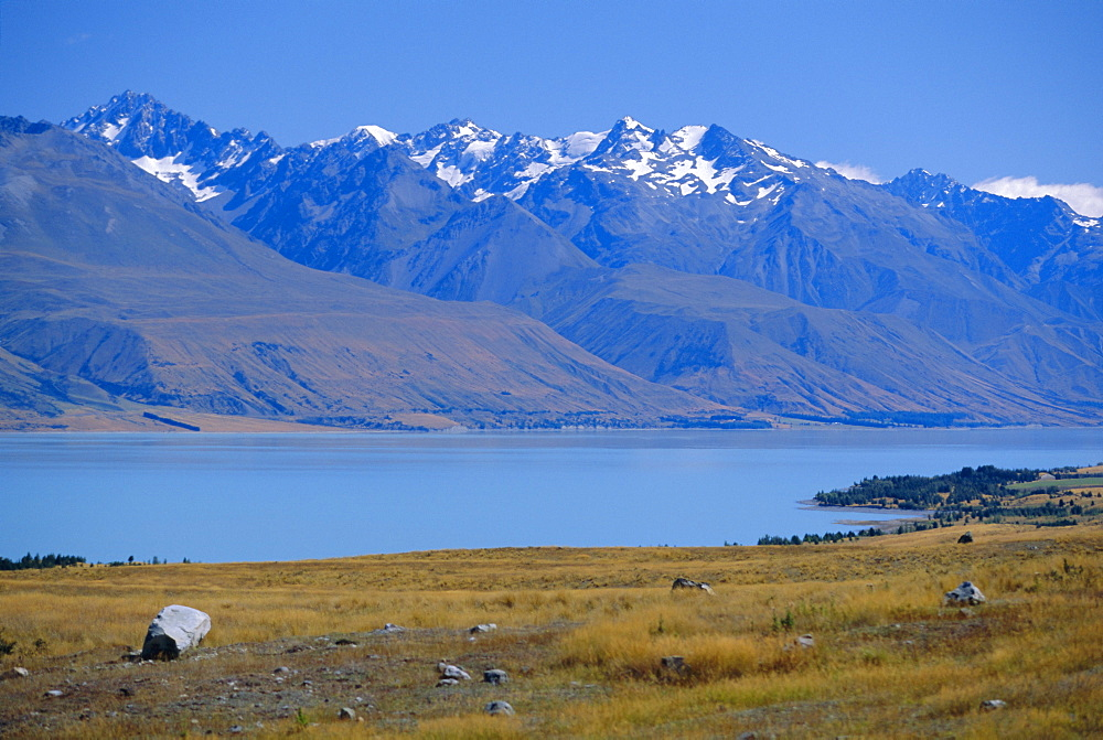 Lake Pukaki, Southern Alps, Canterbury, South Island, New Zealand, Australasia