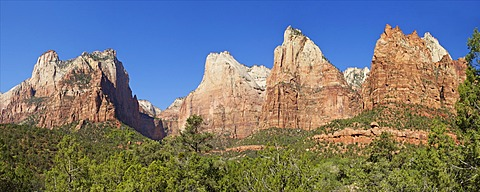 Panoramic photo of Court of the Patriarchs, Abraham Peak, Isaac Peak, Mount Moroni and Jacob Peak, Zion National Park, Utah, United States of America, North America