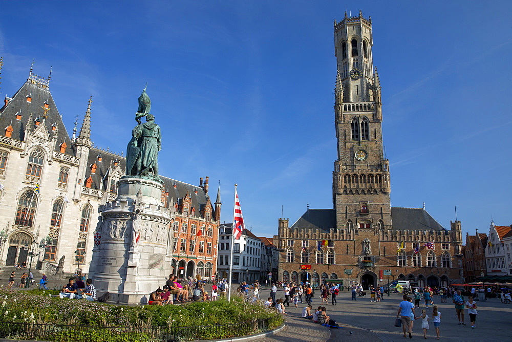The Belfry (Belfort Tower), Markt Square, Bruges, UNESCO World Heritage Site, West Flanders, Belgium, Europe