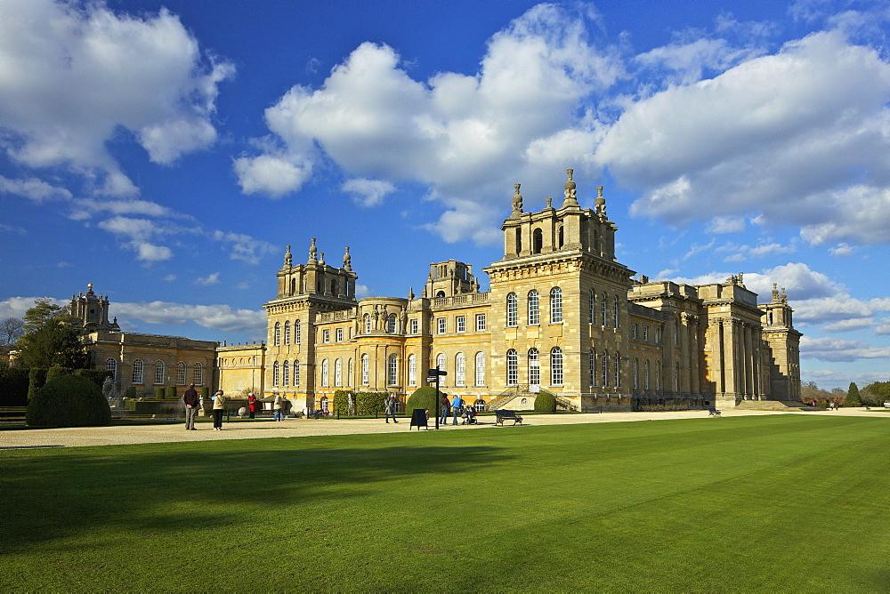 Blenheim Palace, UNESCO World Heritage Site, Woodstock, Oxfordshire, England, United Kingdom, Europe