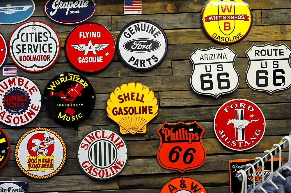 Memorabilia, souvenirs, Route 66, Seligman, Arizona, USA, North America