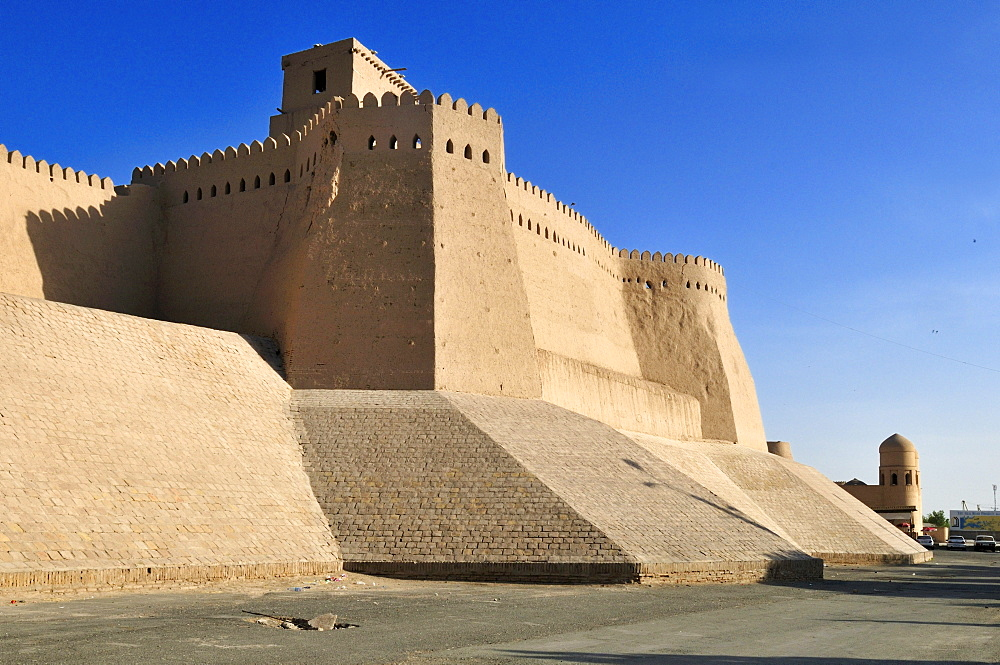Historic city walls near Ota Darvoza city gate, Khiva, Chiva, Silk Road, Unesco World Heritage Site, Uzbekistan, Central Asia