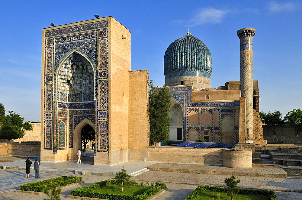 Gur Emir, Gur-Amir, Guri Amir mausoleum, grave of Timur, Temur, Tamerlane, Samarkand, Silk Road, Uzbekistan, Central Asia
