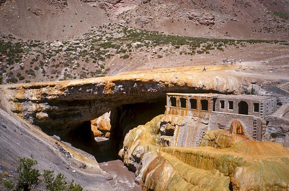 Puente del Inca with ruins of spa compound, Puente del Inca, Las Heras, Mendoza province, Cuyo, Argentina, South America