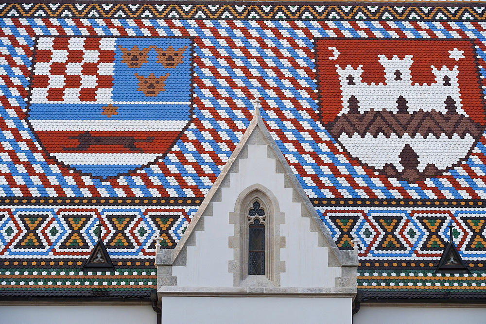 Roof with coat of arms, Saint Mark's Church, Zagreb, Croatia, Europe - 832-101799