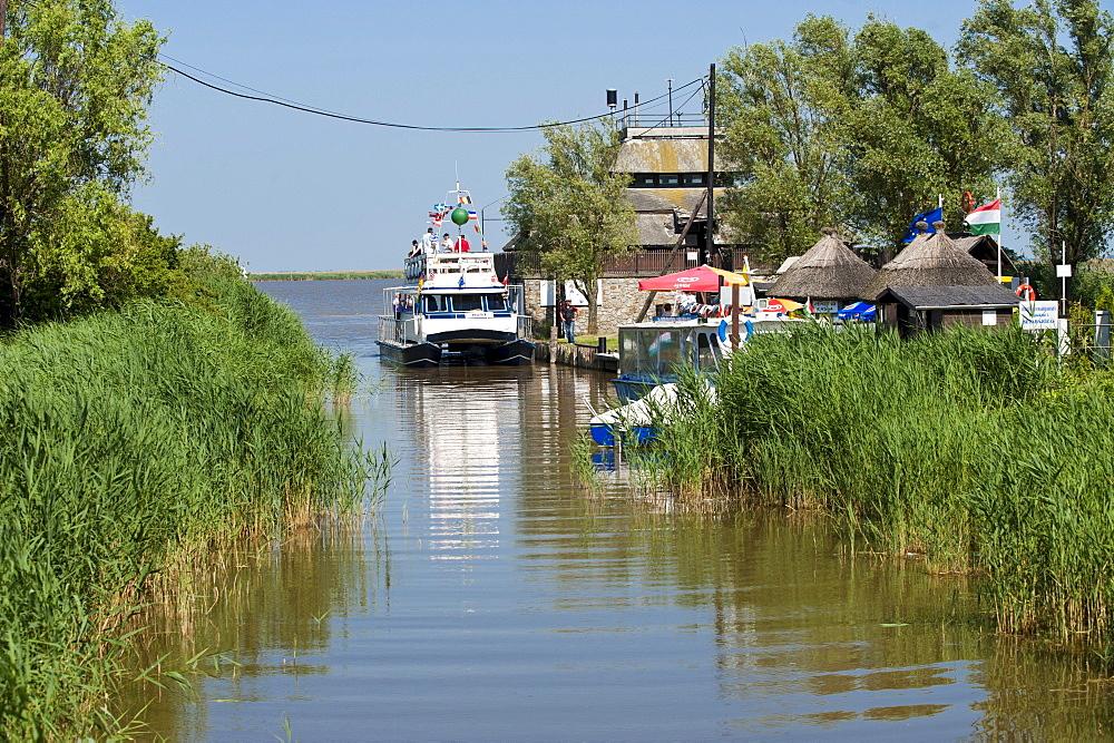 Canal on the Neusiedler See lake, Fertoe, Hungary, Europe