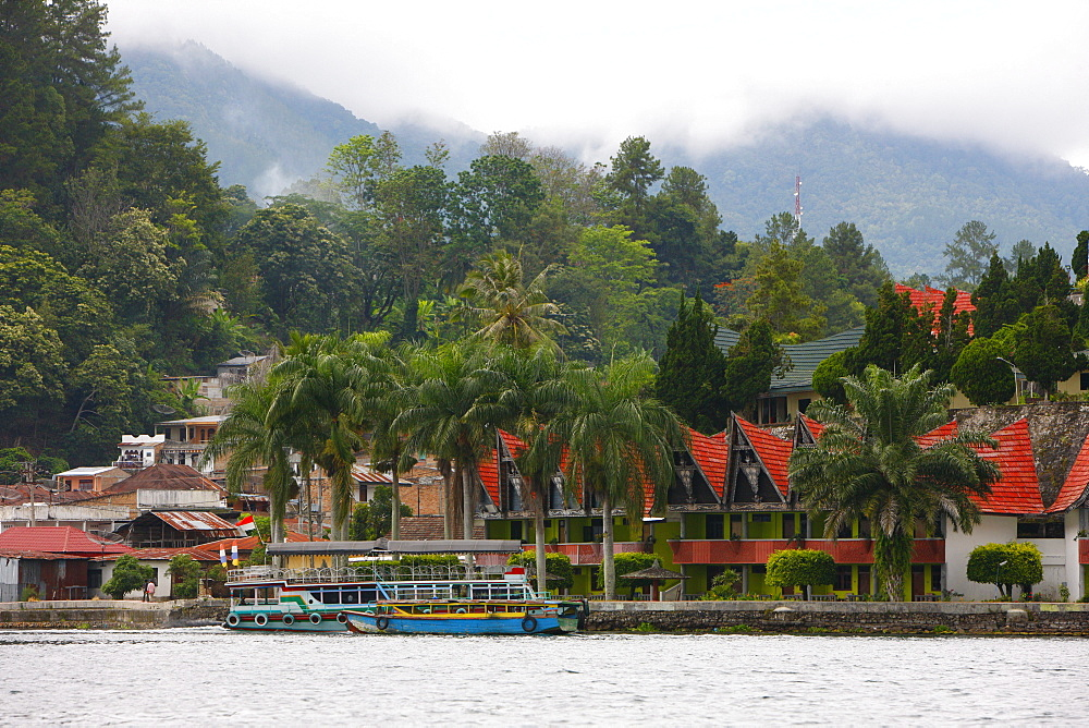 Tuk Tuk, Samosir island, Lake Toba, Batak region, Sumatra, Indonesia, Asia