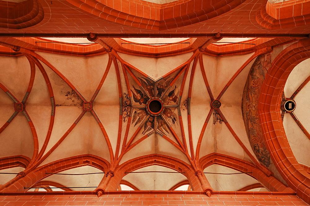 Cross vault of the Heilig Geist Kirche church of the Holy Spirit, late Gothic, in 1400, Heiliggeiststrasse 17, Heidelberg, Baden-Wuerttemberg, Germany, Europe