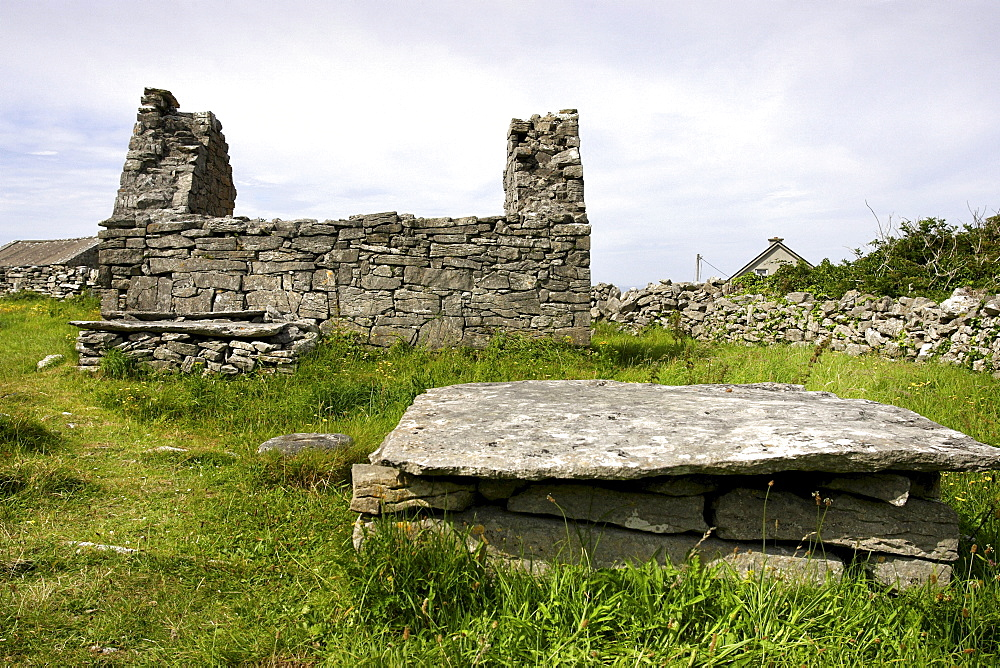 Cill Ghobnait, 8th century, church ruin and grave, Inishere Island, Republic of Ireland, Europe