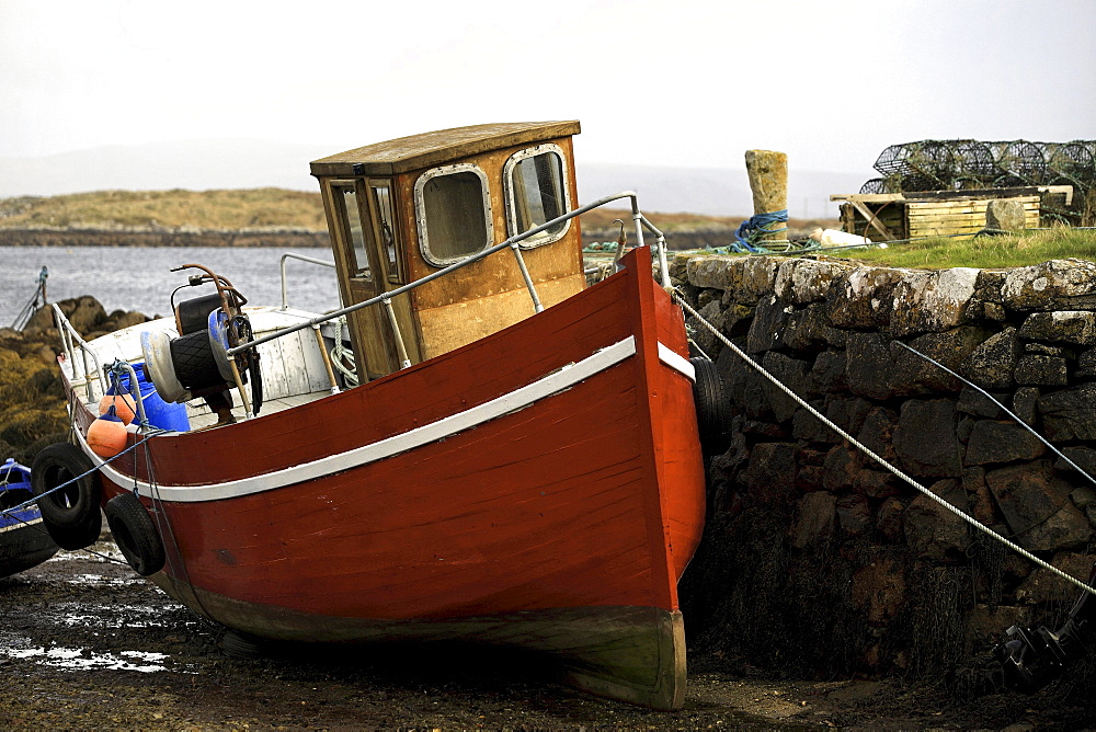 Old wooden fishing boat, Connemara, County Galway, Republic of Ireland, Europe - 832-105735