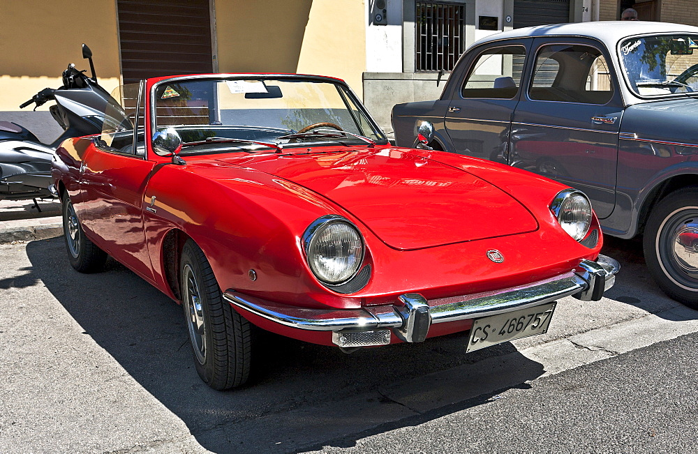 Red Fiat 124 Coupe Sport Spider, 1966-87