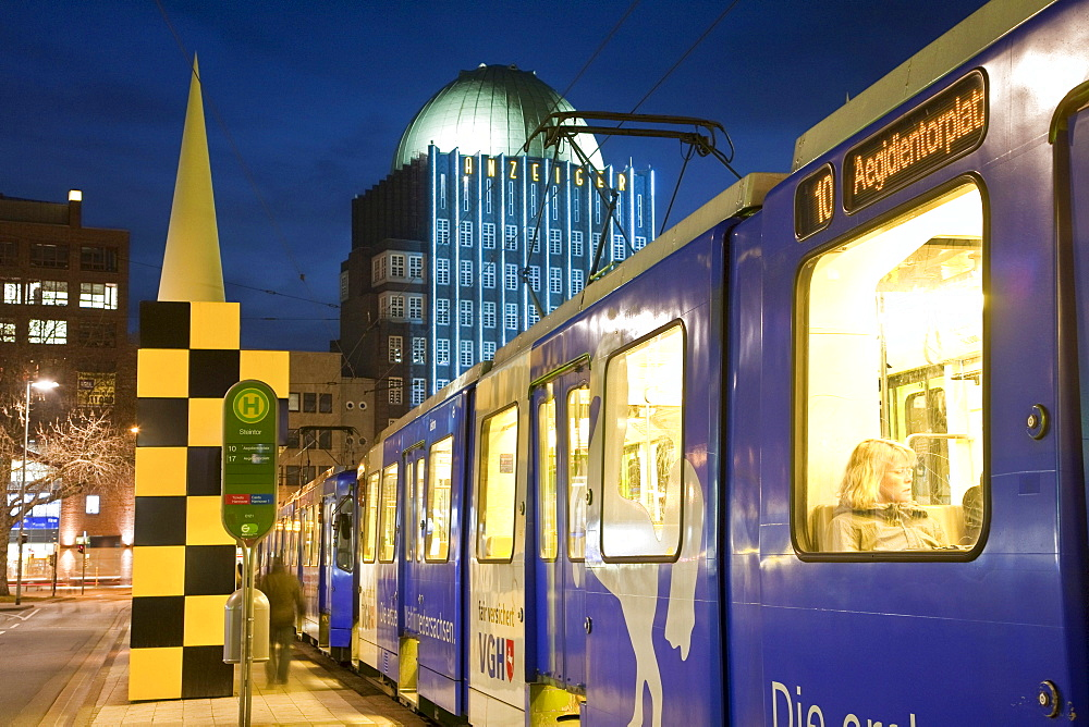 Steintor subway station, BUssTOPS art project, Anzeiger-Hochhaus high-rise building, Hannover, Lower Saxony, Germany, Europe