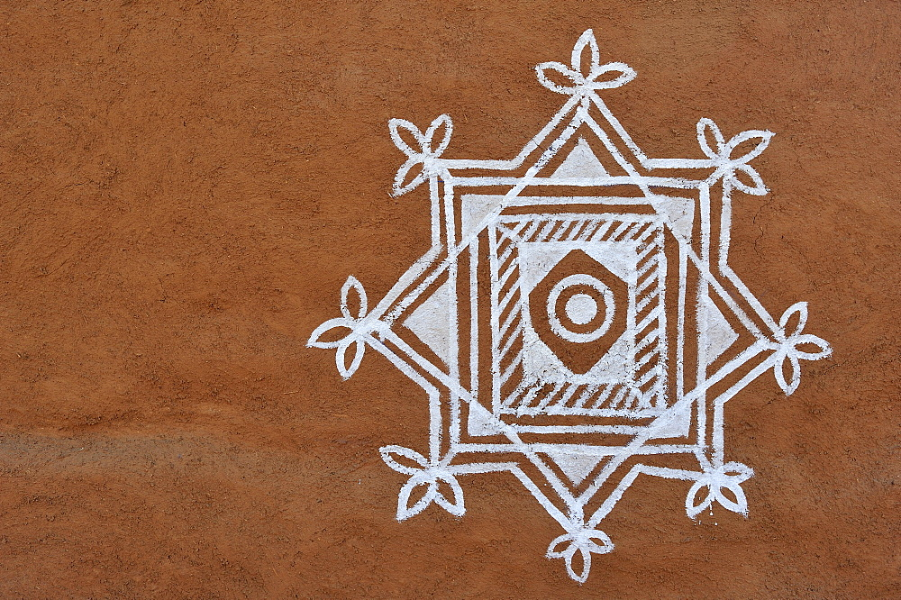 Traditional, ornamental painting on a wall, Thar Desert, Rajasthan, India, Asia