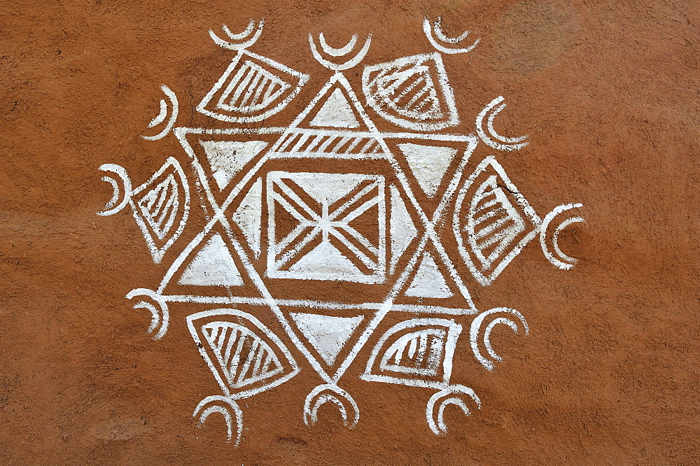 Traditional ornamental painting on a wall, Thar Desert, Rajasthan, India, Asia