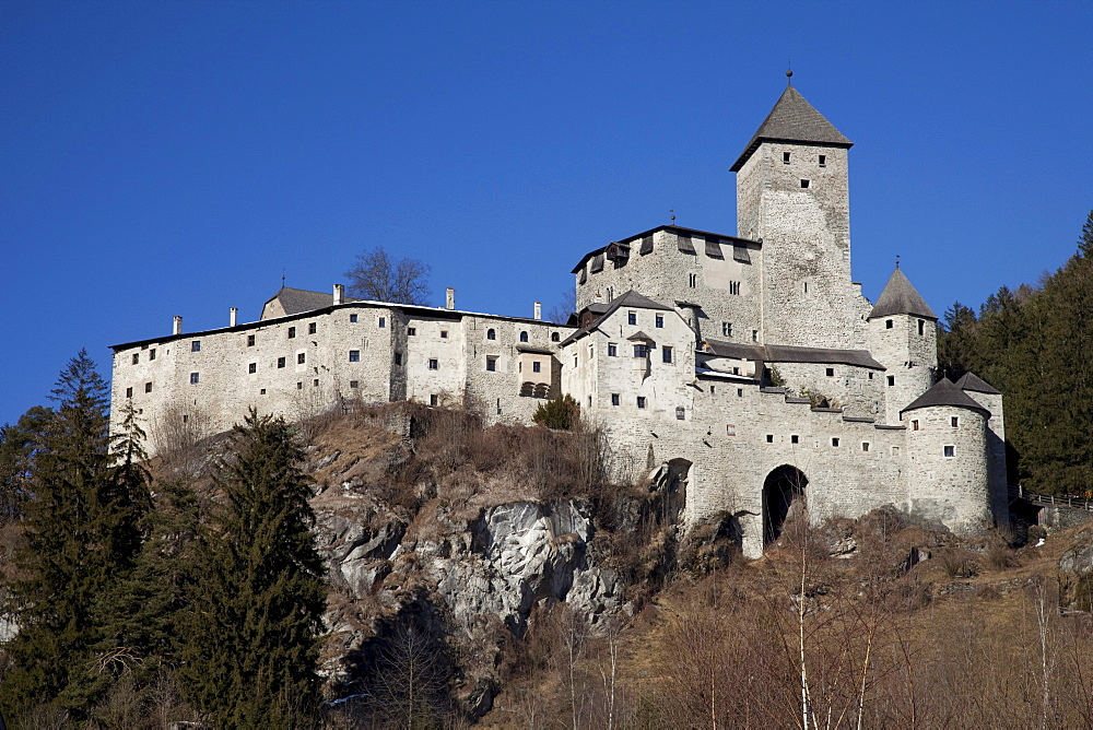Castle Tures, Sand in Taufers, Campo Tures, Tauferer Tal valley, Valli di Tures, Alto Adige, Italy, Europe