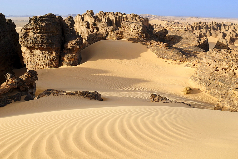 Sandstone rock formation of Tin Akachaker, Tassili du Hoggar, Wilaya Tamanrasset, Algeria, Sahara desert, North Africa