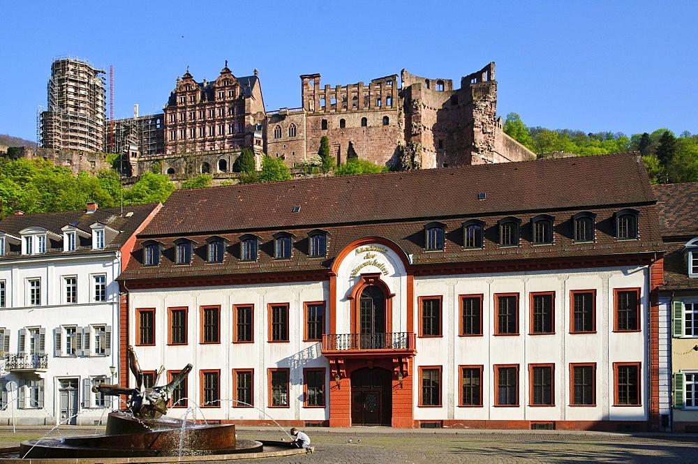 Karlsplatz square, Akademie der Wissenschaften or Academy of Sciences, Heidelberger Schloss castle, old town, Heidelberg, Baden-Wuerttemberg, Germany, Europe