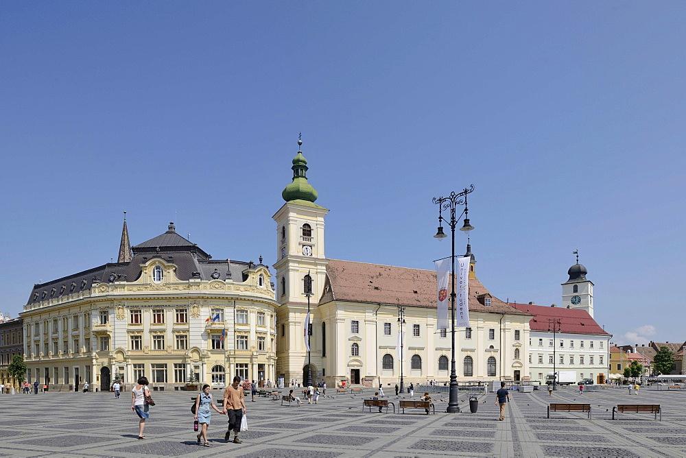 Piata Mare Square with the Catholic Church, Sibiu, Romania, Europe