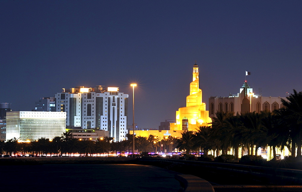 Evening mood, spiral-shaped tower of Fanar, Qatar Islamic Cultural Center, Doha, Qatar, Arabian Peninsula, Persian Gulf, Middle East, Asia