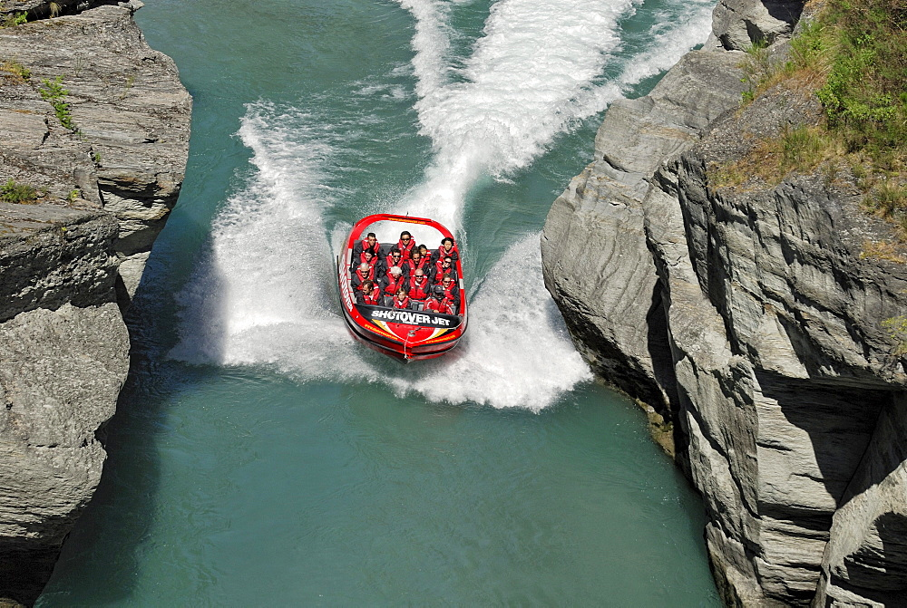 Jet boat, speed boat on the Shotover River, Queenstown, South Island, New Zealand - 832-110095