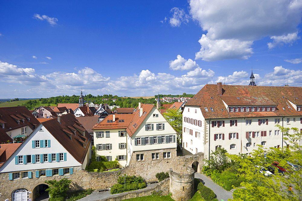 Townscape with former town wall and Rondellturm round tower, Marbach am Neckar, Neckar valley, Baden-Wuerttemberg, Germany, Europe
