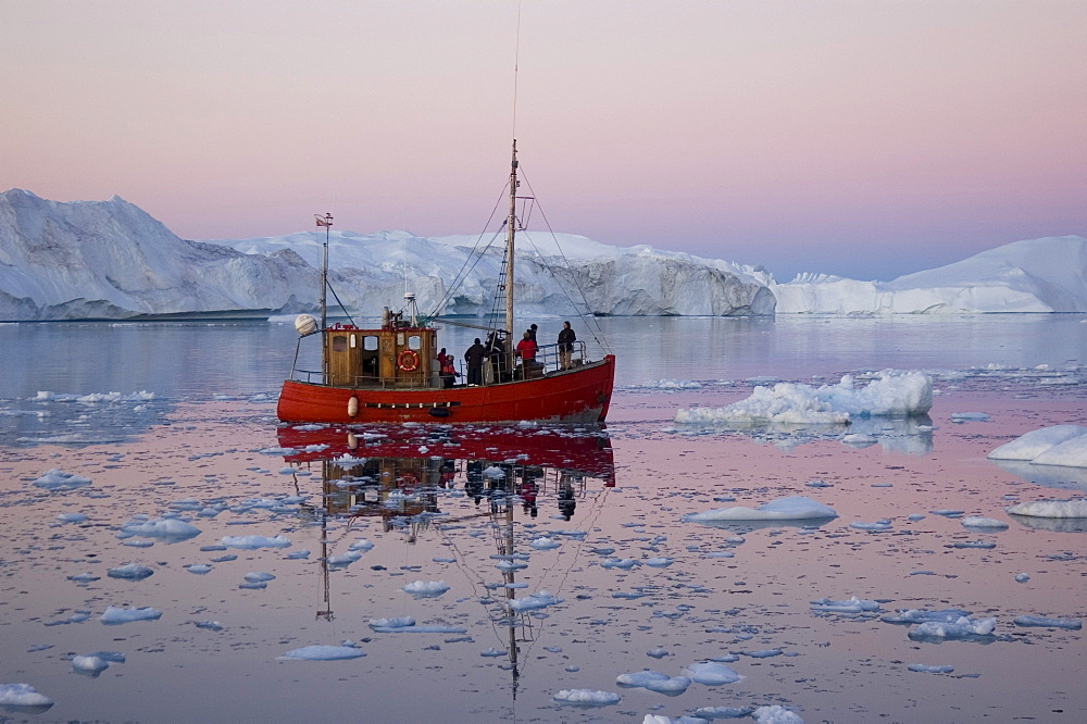 Image of Ilulissat Icefjord in Greenland UNESCO site