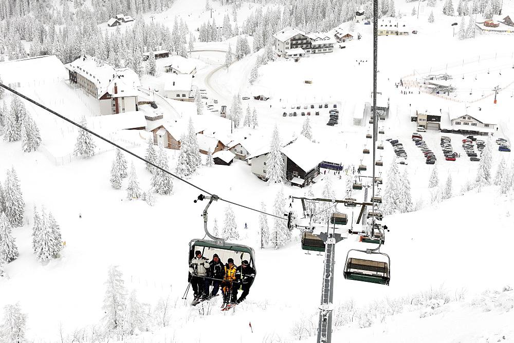 Chair lift to Hochkar ski resort near Goestling an der Ybbs, Mostviertel, Must Quarter, Lower Austria, Austria, Europe
