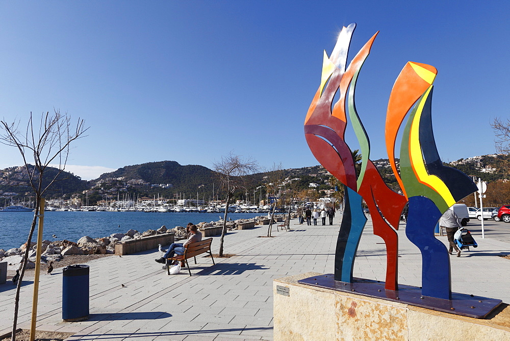 """Encima la Luna"", sculpture by Barbara Weil, Port d'Andratx harbour, Majorca, Mallorca, Balearic Islands, Spain, Europe"