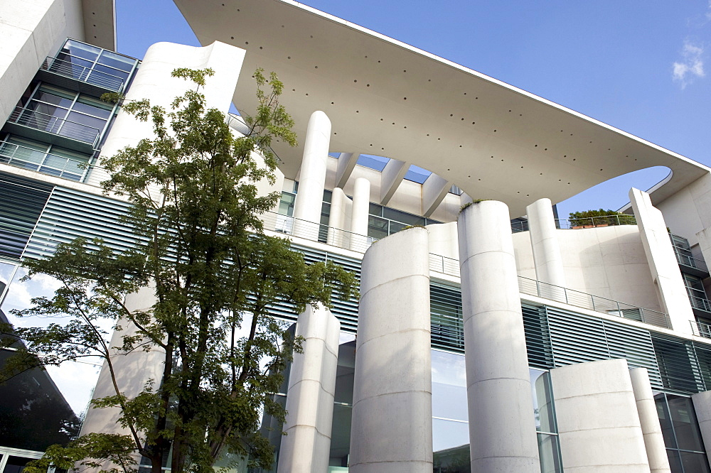 View from the garden, Bundeskanzleramt Federal Chancellery, Berlin, Germany, Europe