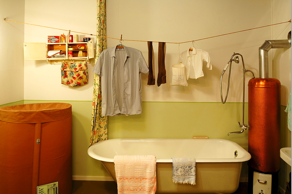 Bathroom from the 1950s with a Volks-Heim-Sauna, laundry hanging, a bathtub and a water heater, 1950s Exhibition 2010-2011, German Salt Museum, Suelfmeisterstrasse 1, Lueneburg, Lower Saxony, Germany, Europe