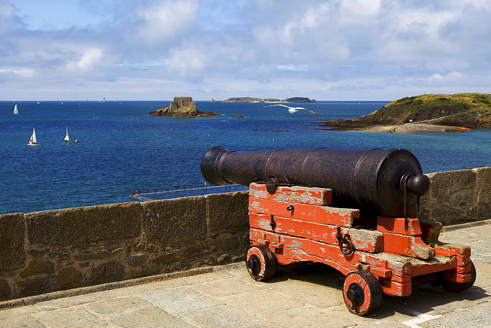 Cannon on the ramparts of Saint Malo in Brittany, France, Europe